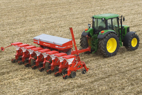 Optima 8-row HD with trailed frame